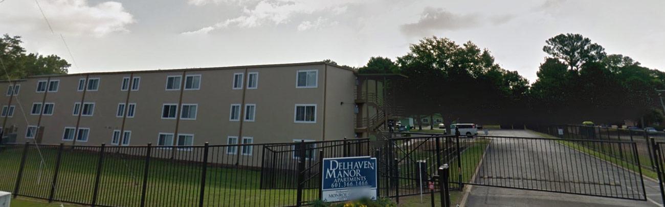 Delhaven manor apartments header